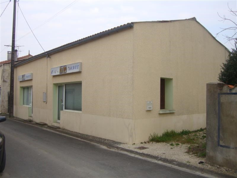 Vente maison / villa Loulay 37 200€ - Photo 1