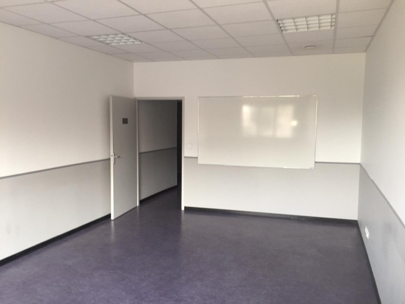 Rental empty room/storage Roanne 650€ HT/HC - Picture 2