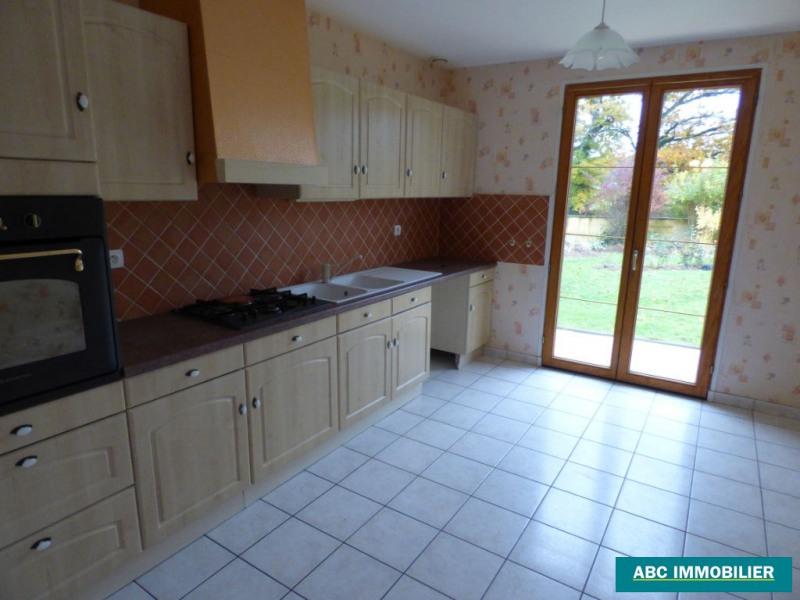 Location maison / villa Condat sur vienne 750€ CC - Photo 4