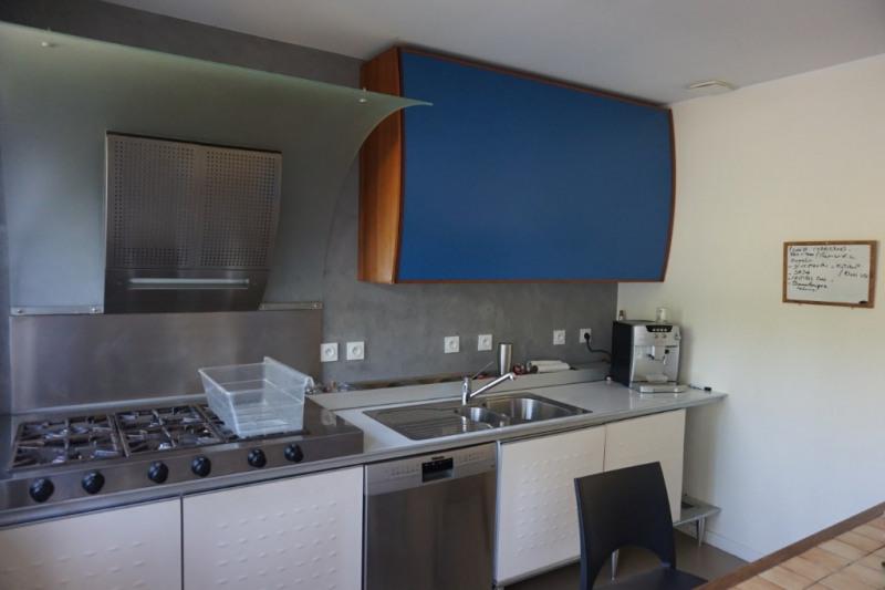 Sale house / villa Pessac 380000€ - Picture 1