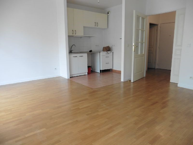 Location appartement Vincennes 1 026€ CC - Photo 3