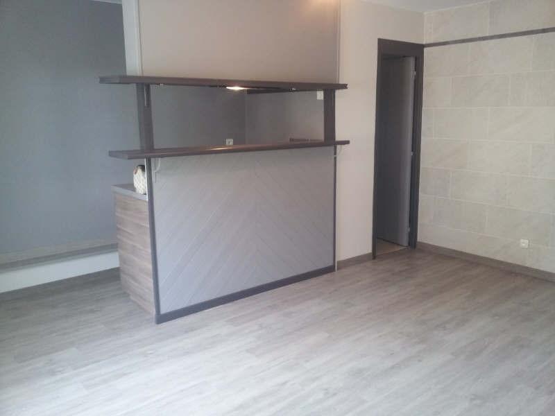 Location appartement Maurecourt 495€ CC - Photo 2