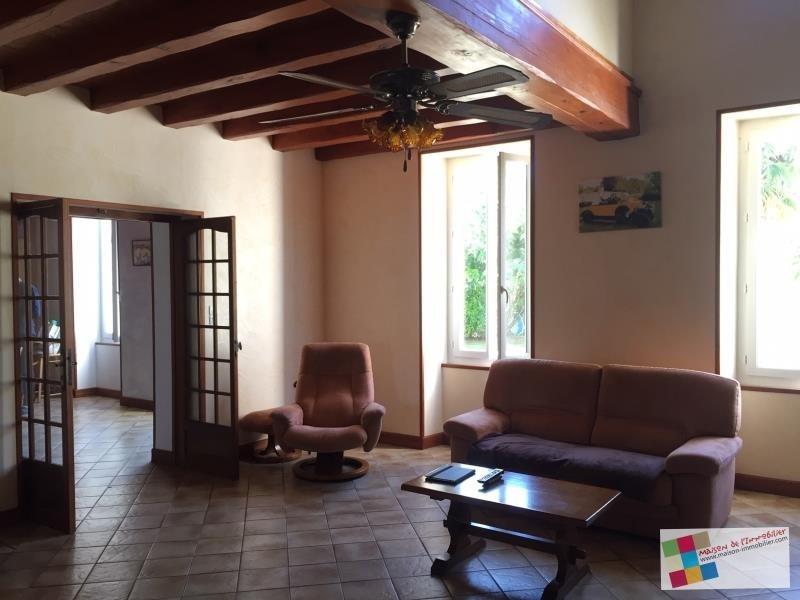 Sale house / villa Gensac la pallue 267500€ - Picture 5