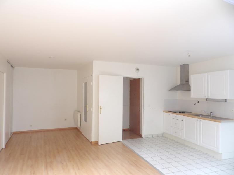 Sale apartment Noisy le grand 192000€ - Picture 2