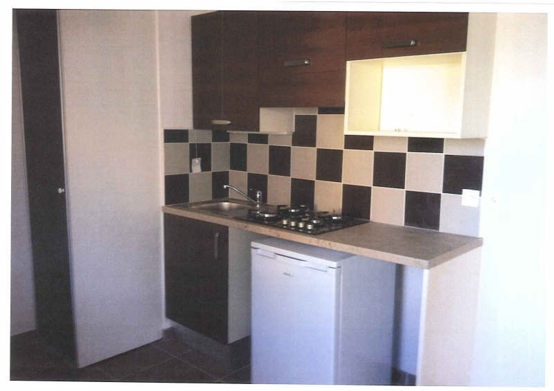 Location appartement Sete 781€ CC - Photo 3