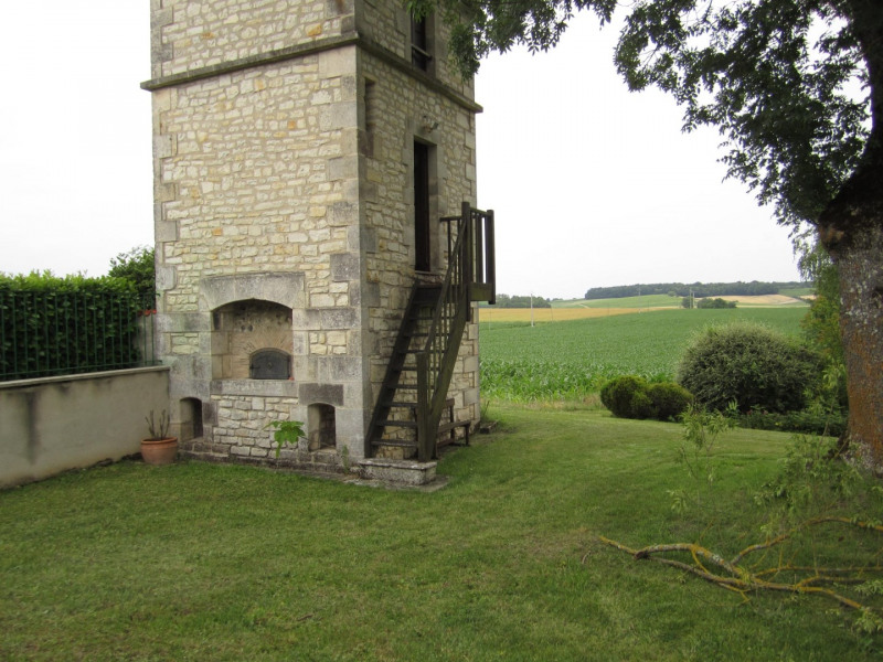 Sale house / villa Barbezieux saint-hilaire 260 000€ - Picture 3