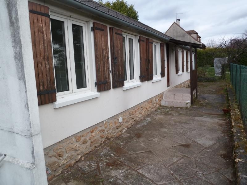Rental house / villa Andresy 850€ CC - Picture 2