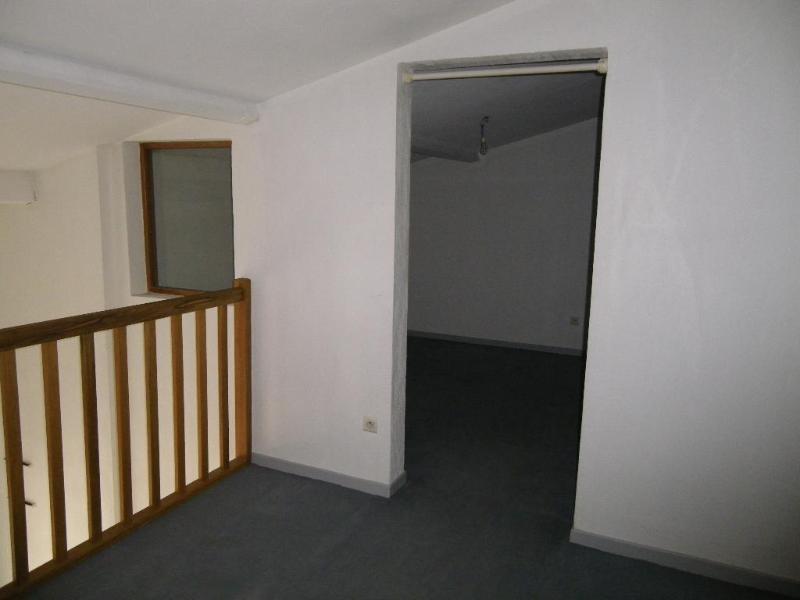 Location appartement Aix en provence 851€ CC - Photo 2
