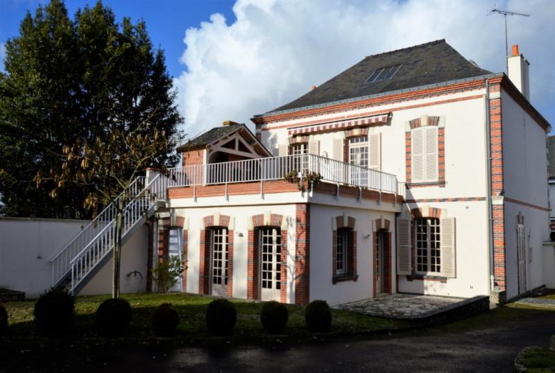 Sale house / villa Renaze 146720€ - Picture 5