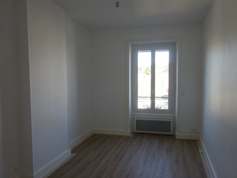 Rental apartment Pierre benite 615€ CC - Picture 3