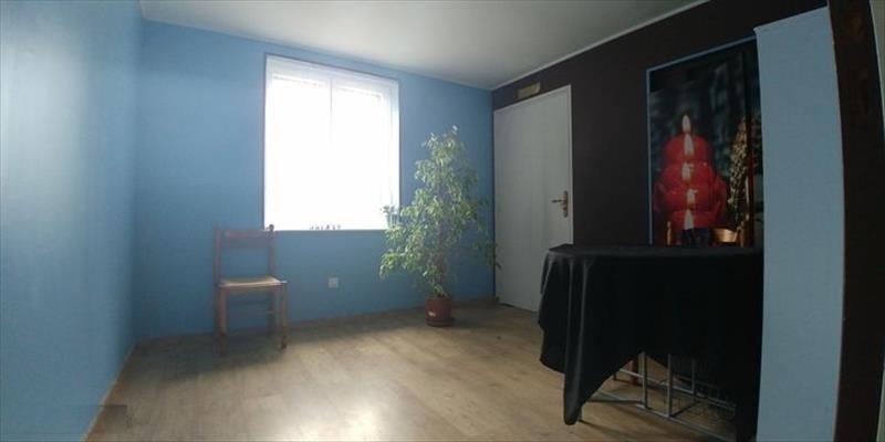 Sale house / villa Courcelles le comte 161900€ - Picture 5