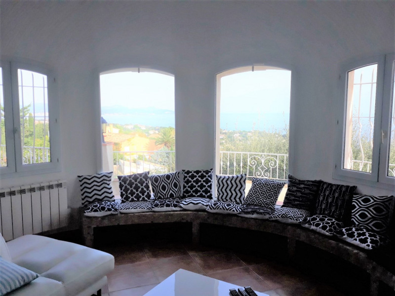 Location temporaire maison / villa Les issambres 2072€ CC - Photo 8