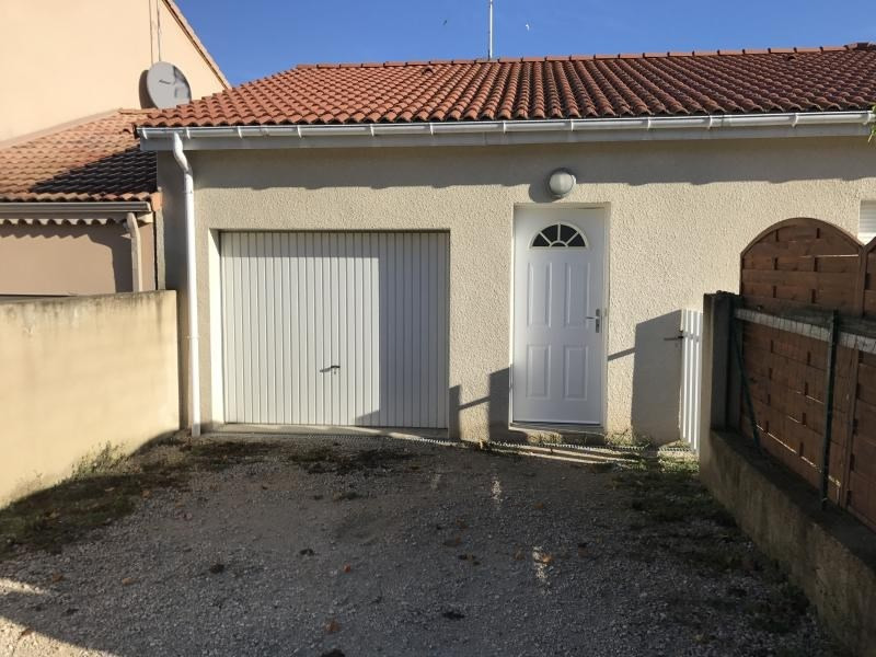 Location maison / villa Chatuzange le goubet 855€ CC - Photo 2