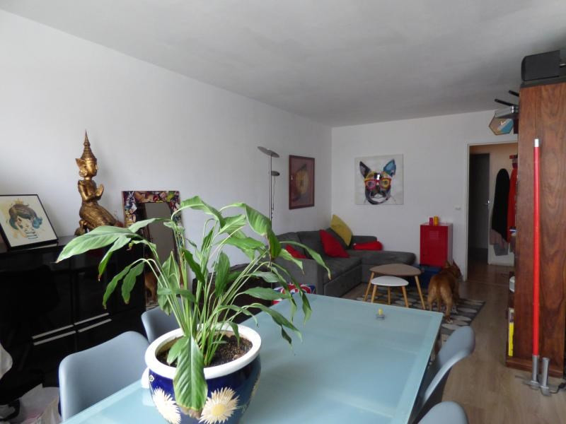 Sale apartment Colombes 273000€ - Picture 1