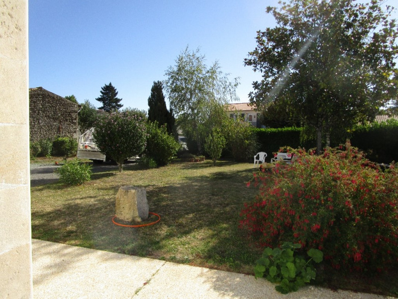 Sale house / villa Chauray 189 000€ - Picture 2