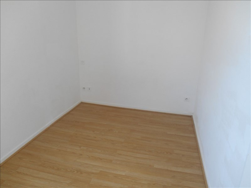 Location appartement Troyes 305€ CC - Photo 4