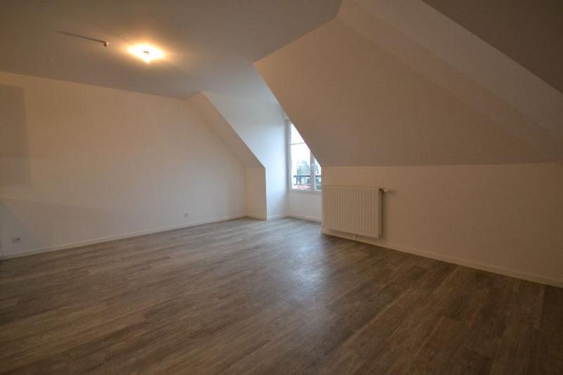 Location appartement Plaisir 699€ CC - Photo 3