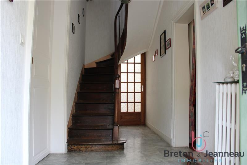 Sale house / villa Chateau gontier 158080€ - Picture 3