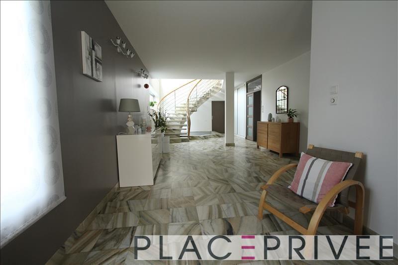 Deluxe sale house / villa Nancy 699000€ - Picture 2