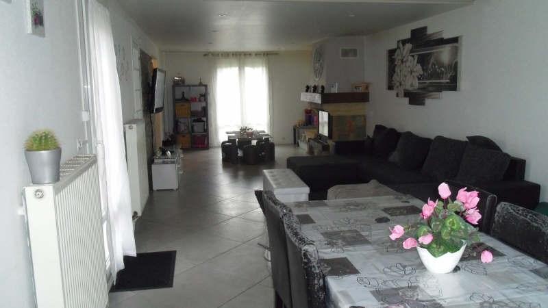 Sale house / villa Lesigny 280000€ - Picture 2