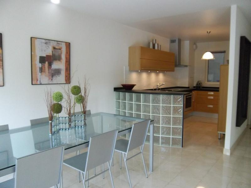 Rental apartment Paris 20ème 2600€ CC - Picture 2