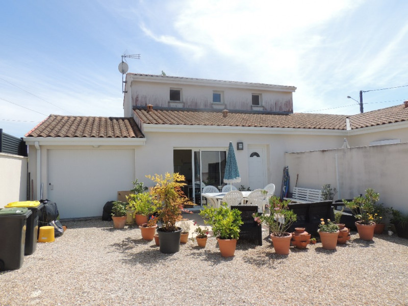Sale house / villa Royan 229 500€ - Picture 1