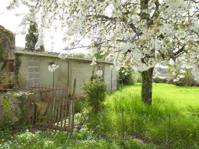 Sale house / villa Cherves-richemont 96750€ - Picture 19