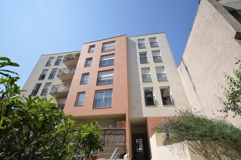 Location appartement Asnieres sur seine 1060€ CC - Photo 1