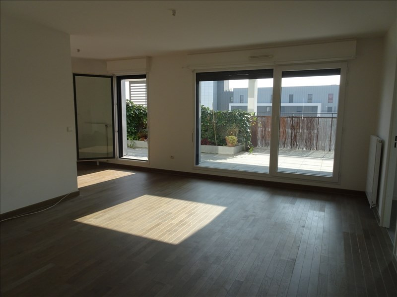 Rental apartment Colombes 1 995€ CC - Picture 1