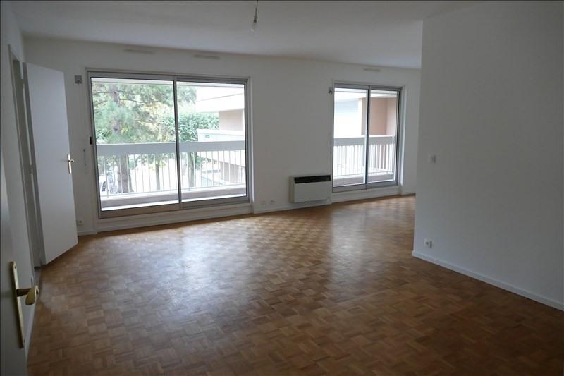 Sale apartment Verrieres le buisson 380000€ - Picture 2