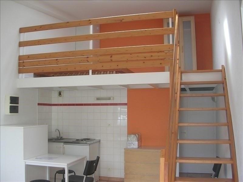 Rental apartment La roche sur yon 399€ CC - Picture 1