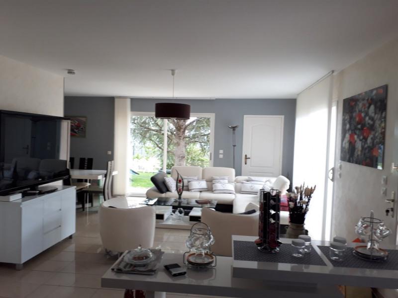 Sale house / villa Soyaux 416000€ - Picture 1