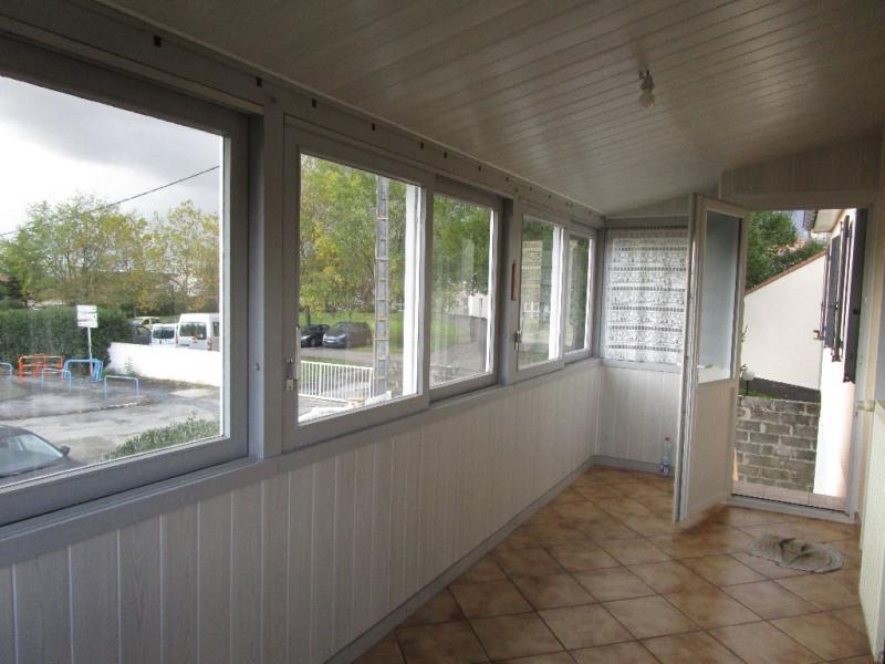 Sale house / villa Chauray 167900€ - Picture 2