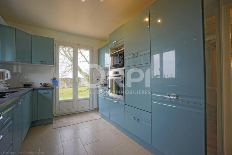 Sale house / villa Saint-clair-sur-epte 369000€ - Picture 5