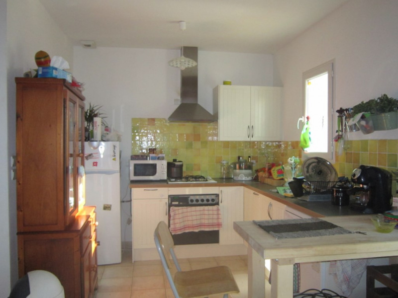 Location maison / villa Lambesc 1 180€ CC - Photo 5