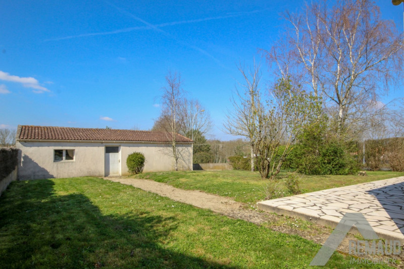 Sale house / villa Venansault 169 140€ - Picture 4