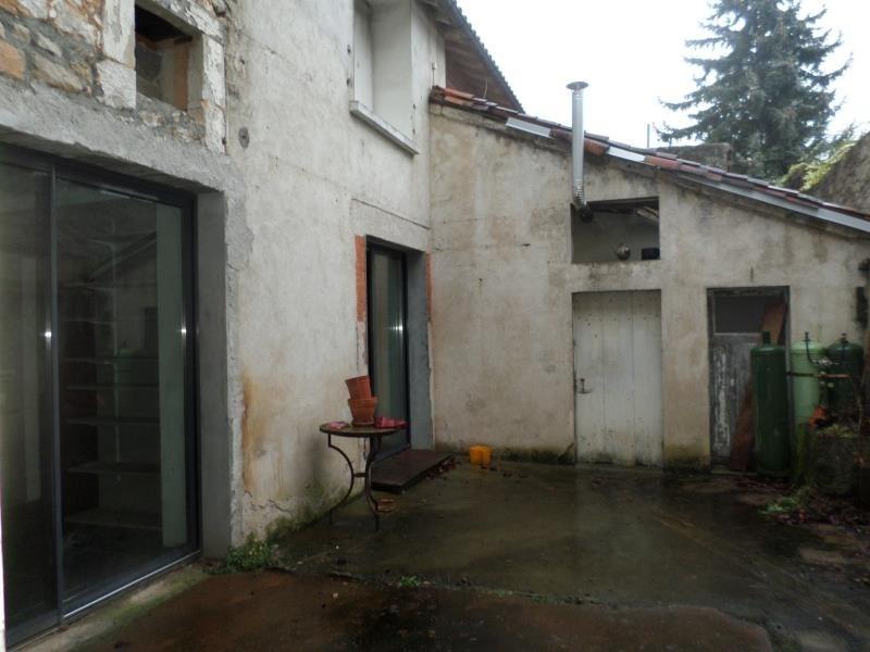 Vente maison / villa Lussac les chateaux 83000€ - Photo 4