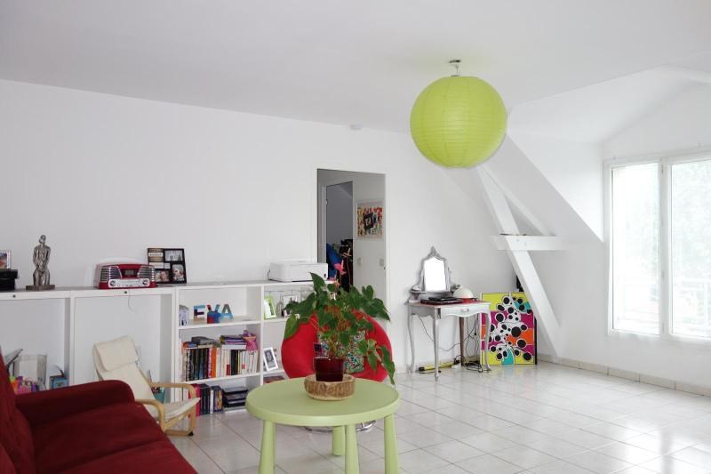 Rental apartment Guermantes 860€ CC - Picture 1