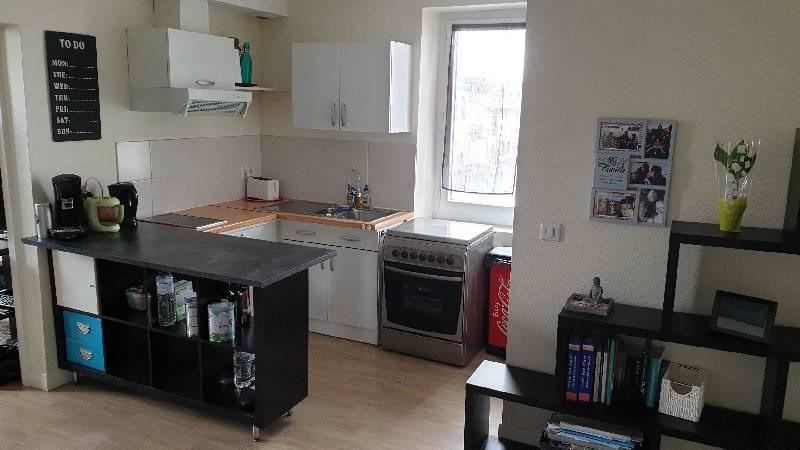 Rental apartment St paul cap de joux 410€ CC - Picture 2