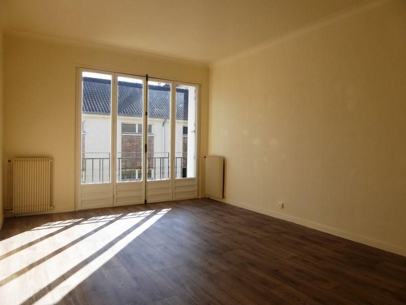 Location appartement Maurepas 778€ CC - Photo 1