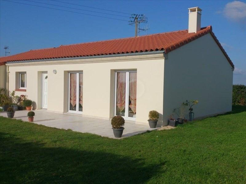 Rental house / villa St georges des gardes 596€ CC - Picture 1