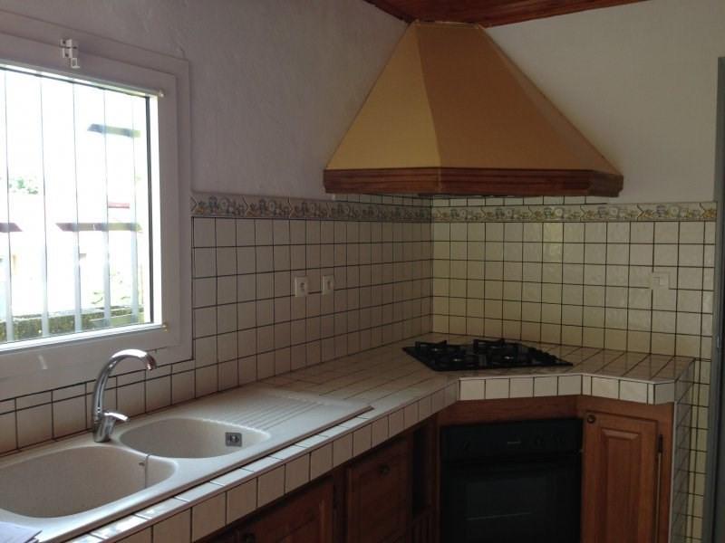 Rental house / villa Petite ile 660€ CC - Picture 3