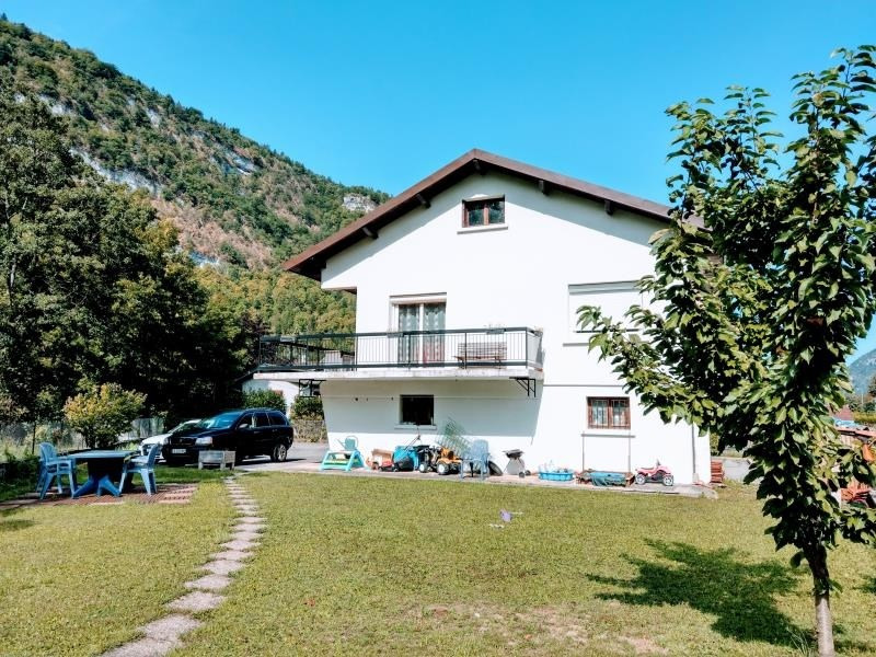 Sale house / villa Nantua 215 000€ - Picture 1