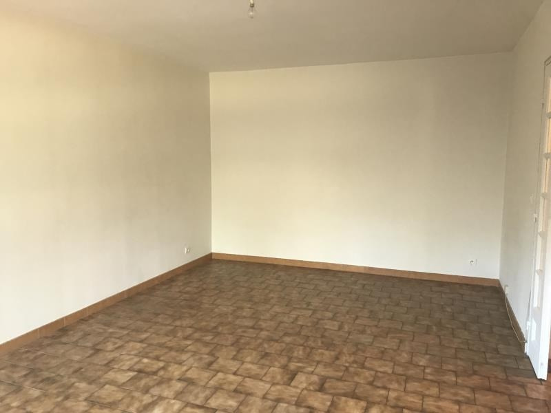 Location appartement Nimes 745€ CC - Photo 2
