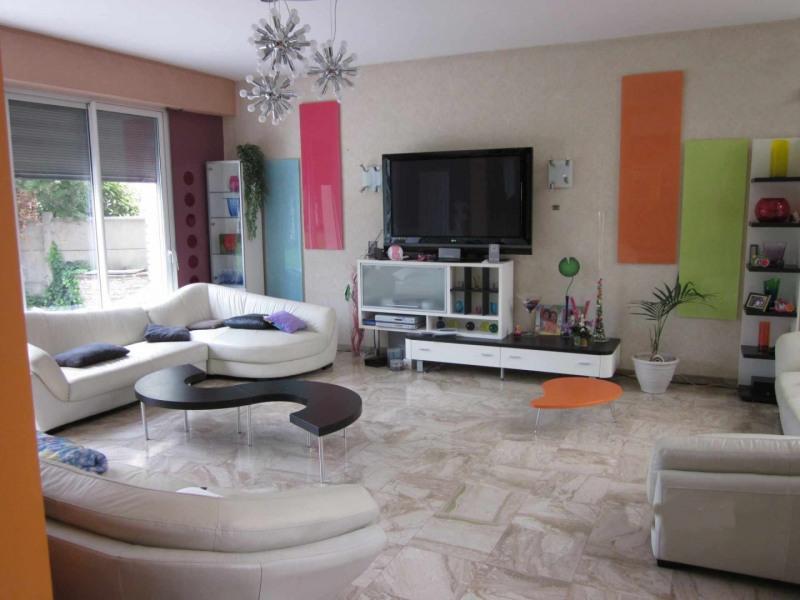 Sale house / villa Villemomble 750000€ - Picture 4