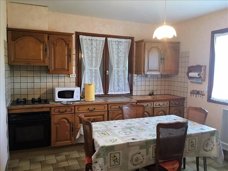 Sale house / villa Mellac 176 280€ - Picture 4
