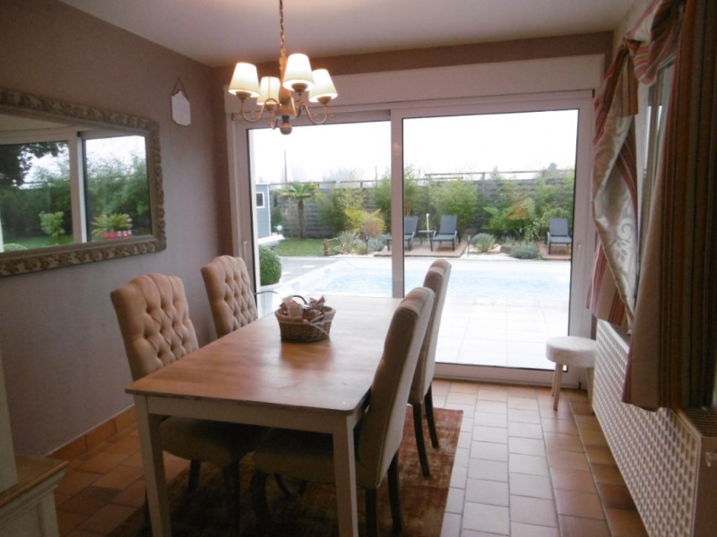 Sale house / villa Yvre l eveque 449 280€ - Picture 8
