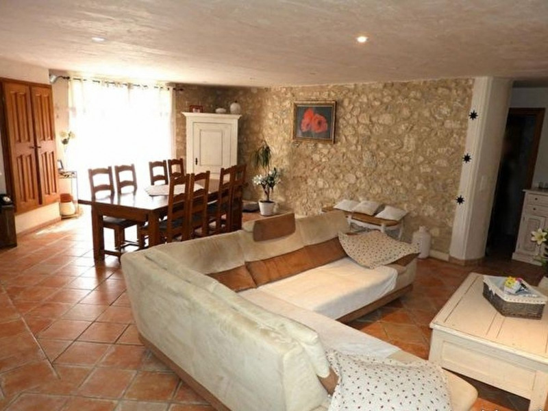 Vente maison / villa Robion 468 000€ - Photo 2