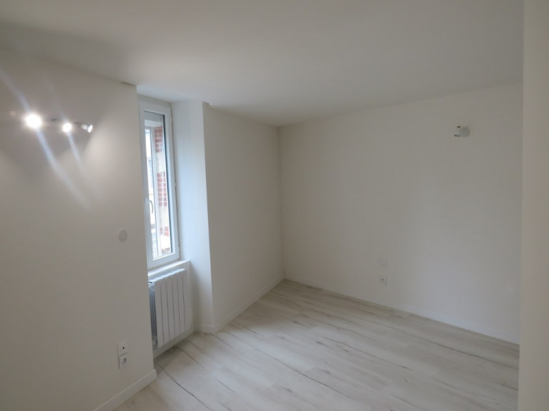 Location maison / villa Courbeveille 410€ CC - Photo 4