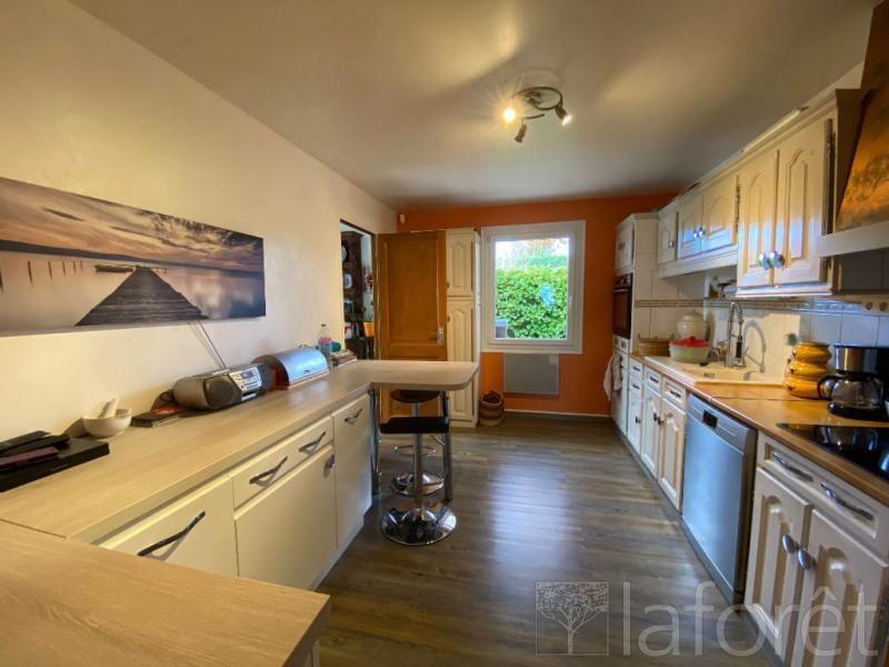 Sale house / villa L isle d'abeau 350000€ - Picture 2